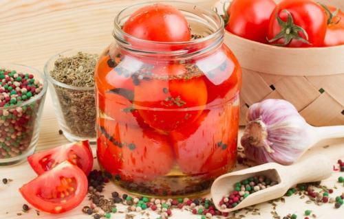 Розовые помидоры на зиму рецепты. Помидоры на зиму: 7 простых и вкусных рецептов